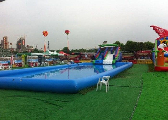China Blauer großer aufblasbarer Kinderswimmingpool mit Dia für Inground-Pools usine